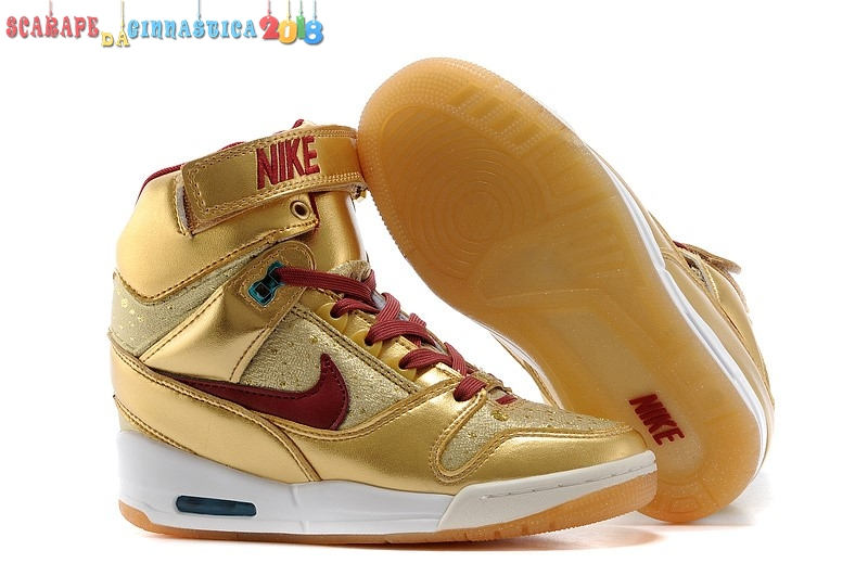 Acquisto Nike Air Revolution Sky High Wedge Sneakers Oro - Donna a Poco Prezzo