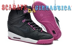 Comprare Nike Air Revolution Sky High Wedge Sneakers Nero Porpora (599410-001) - Donna - scarpe basket migliori